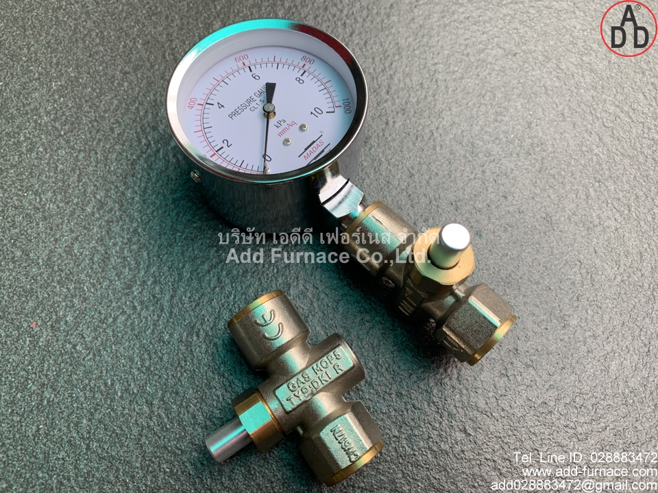 Pressure Gauge With Push Button Valve 3/8inch (1)